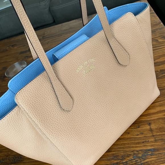 Gucci Handbags - Gucci Swing Tote - Nude & Blue